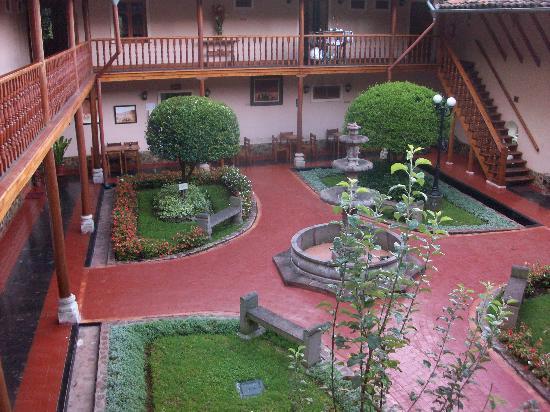 Posada del Puruay: Vista del patio principal