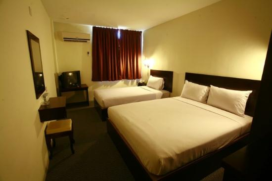 D_Vista Hotel: 2 queen 1 single