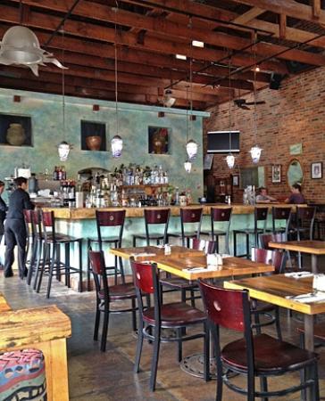 Hydro Bar and Grill: Hydro Grill Interior