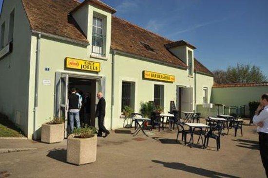 Sens, France: sympathique restaurant