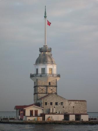 Maiden's Tower: kiz kulesi @ sunset