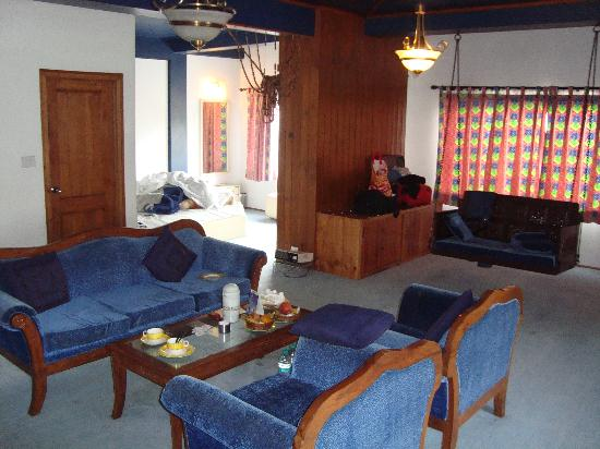 Honeymoon Inn Manali: Regent zoom