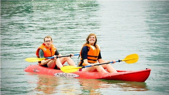 Go Asia Travel : kayaking with Alova Gold