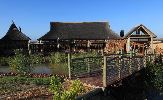 Garden Route Game Lodge: Reception entrance
