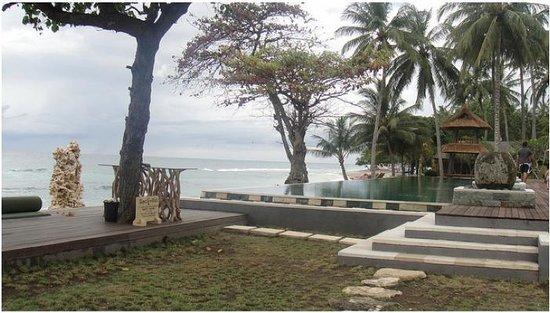 Qunci Villas Hotel: Ocean front
