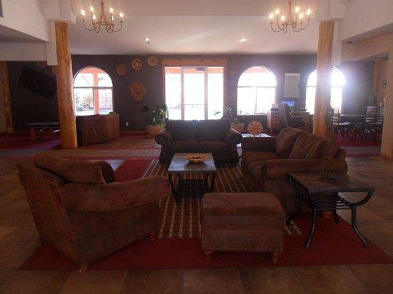 Aarchway Inn: Lobby