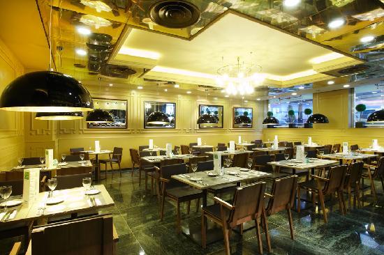 Holiday Inn Andorra: Restaurante
