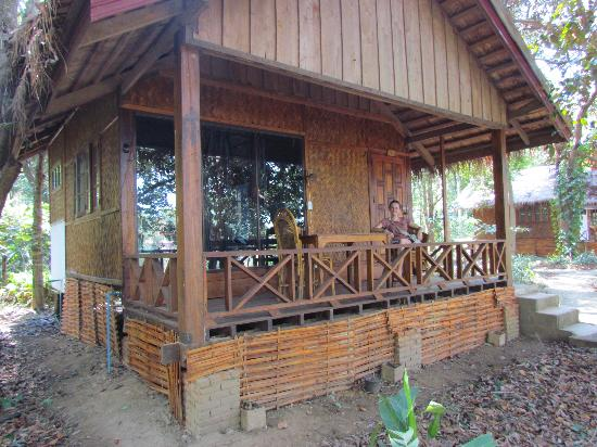 Rivertime Resort and Ecolodge: Our room/hut