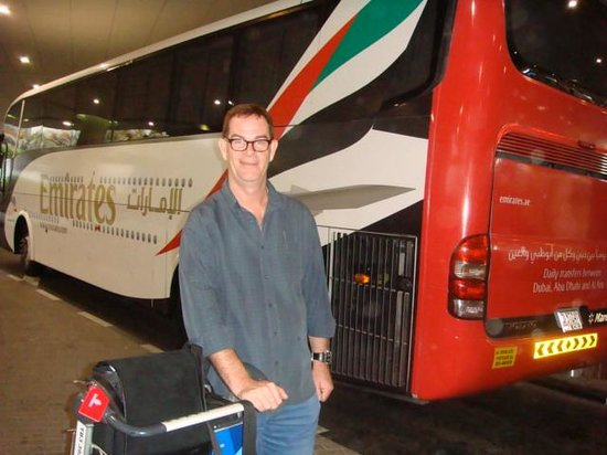 Al Jazira Club Hotel: Emirates free shuttle bus