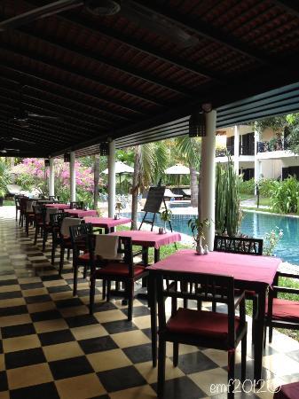 โรงแรมลา เมซอง ดังกอร์: Restaurant