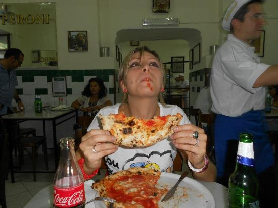 che goduria! - Picture of L'Antica Pizzeria da Michele ...