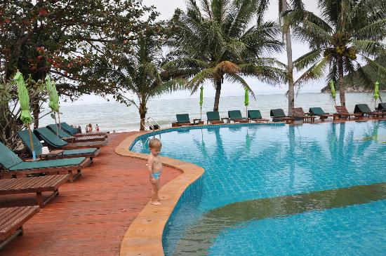 Koh Phangan Dreamland Resort: pool view