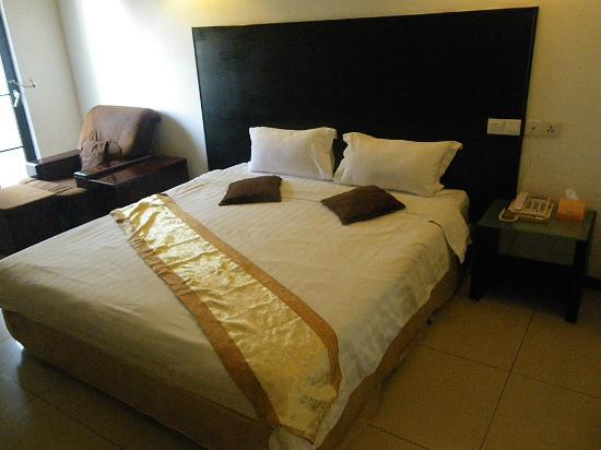 Kingston Executive Hotel: Single/Double room