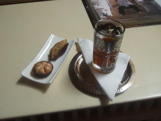Mythic Oriental Spa: Mint Tea and Pastries