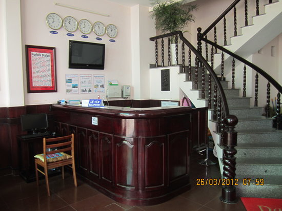 Truong Giang hotel: reception