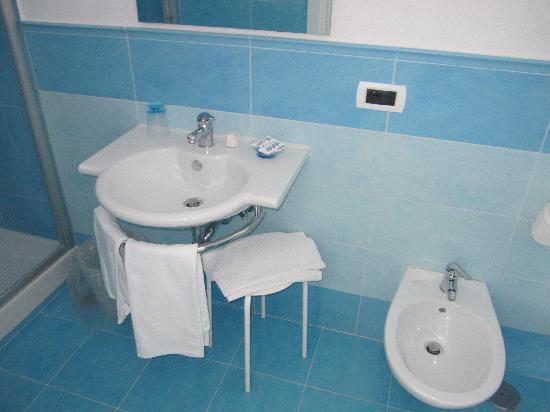 Hotel Cosmomare: bagno