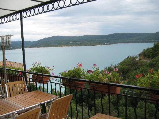 Auberge du Lac : terrasse
