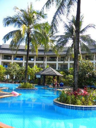 Khaolak Orchid Beach Resort: One of the pools