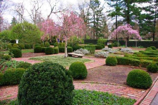 Great Ashland: The Henry Clay Estate: Formal Garden
