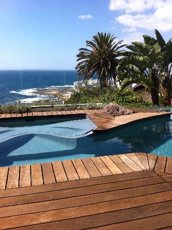 chambre coté SPA avec piscine