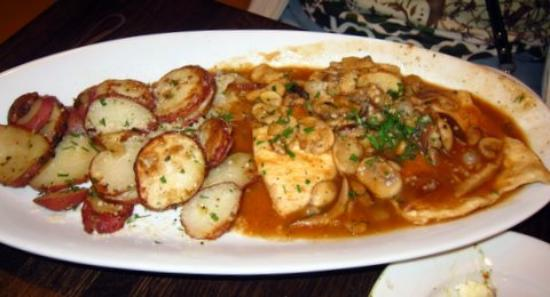 Mistero Bar And Italian grille: Chicken Scarpareiello