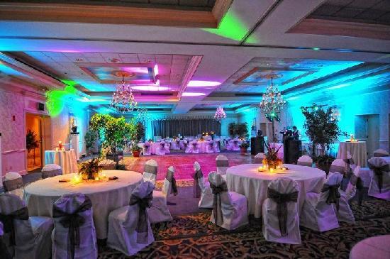 Clarion Hotel Bel-Aire Conf. Ctr.: Regency Ballroom