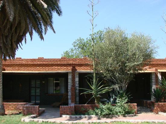 Kalahari Anib Lodge: houses