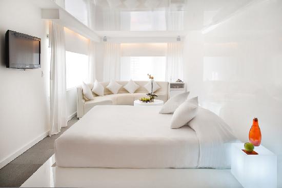 โรงแรมรูม เมท วาเลนตินา: Junior Suite