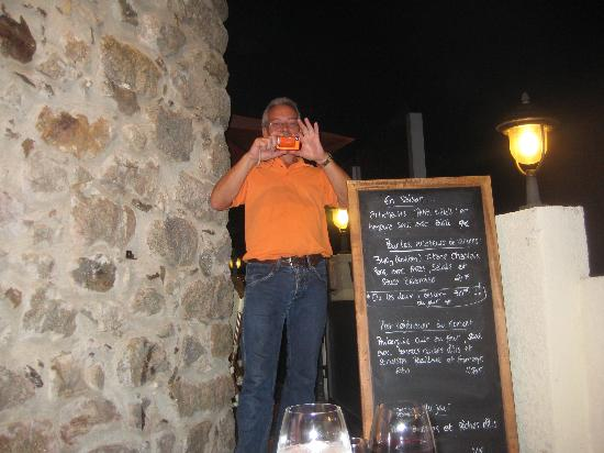 Bistrot Le Cortal: Check out the specials ... not Dave!