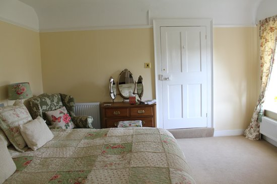 Lee Manor: Warm and Cosy
