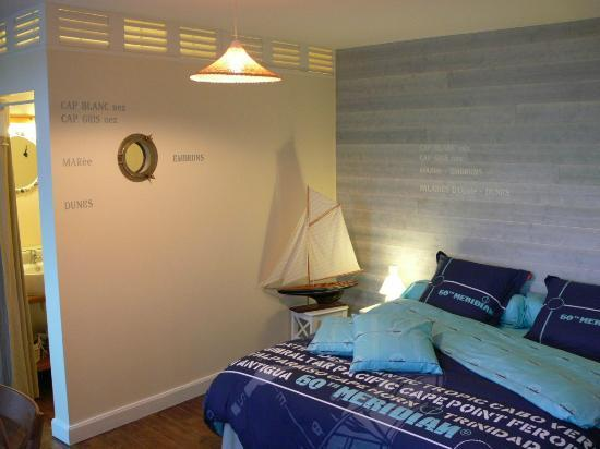 La ferme de l'Ostrevent : Chambre Opaline / Room Opaline