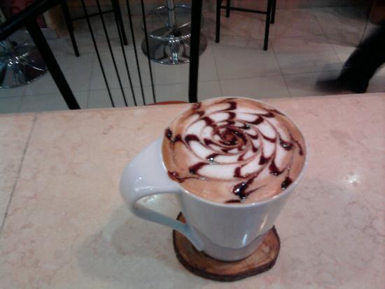 Baladina Cafe: cappuccino