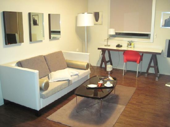 Quality Only Suites CDG Airport : La suite