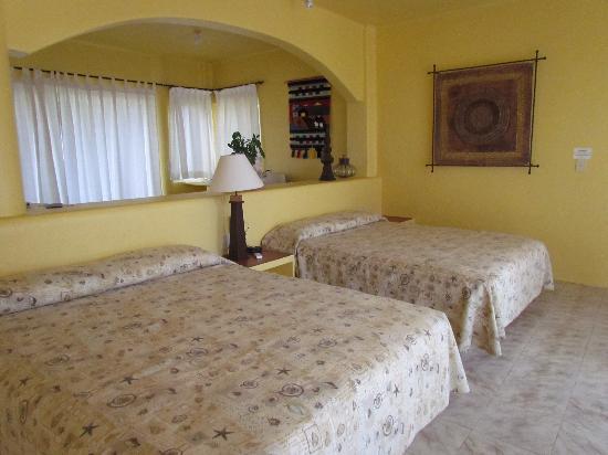 Villa Sol y Mar: Dos camas queen