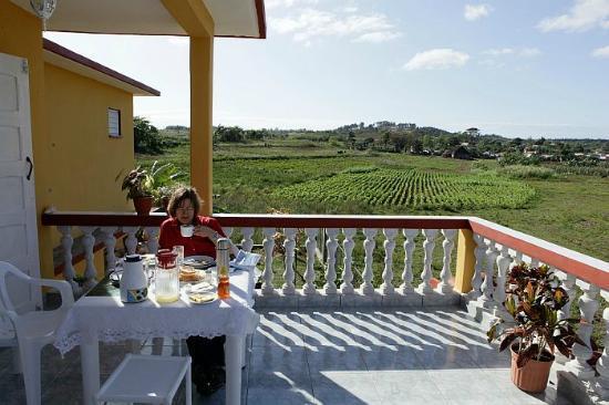 Sunny Balcony House, Vinales: Terrasse