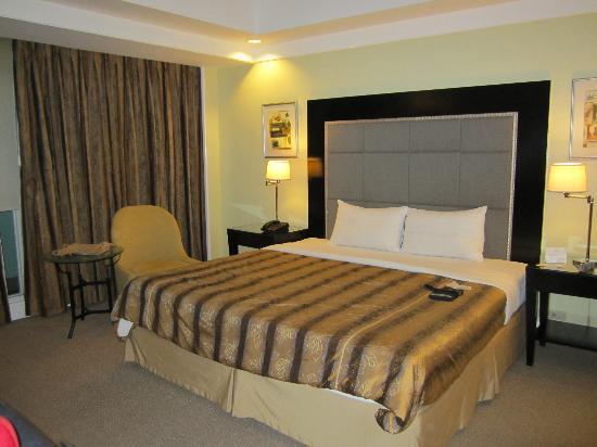 Somerset Millennium Makati: room