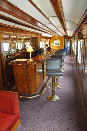 Hiram-Bingham-Luxuszug: Bar