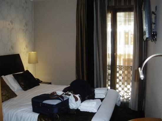 Boutique Bed and Breakfast : OOur room, room 4