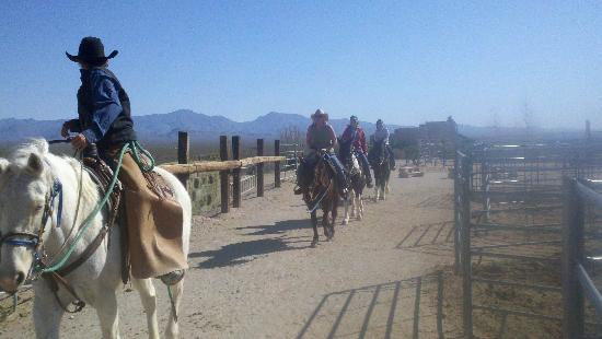 Stagecoach Trails Guest Ranch: Small, guided groups designed for your comfort level
