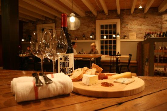 Cork Wine Bar & Market: Cork Wine Bar