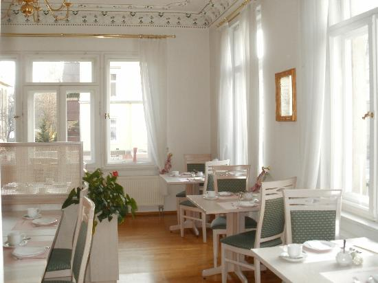 Hotel Villa Antonia: Der schöene Fruehstuecksraum