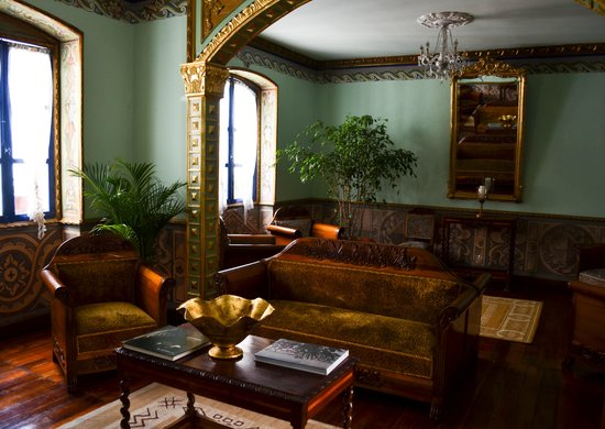 Hotel Boutique Portal de Cantuna: Living room restored from its' original state