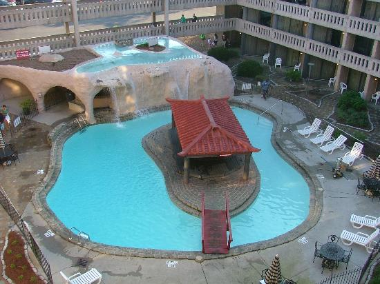 Chattanooga Choo View From 5th Floor Of Hotel 3 Nice Pool