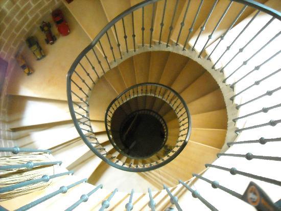 Relais Il Monticello: veduta delle scale