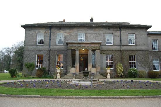 Doxford Hall Hotel: Hotel Entrance