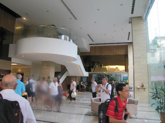 Vissai Saigon Hotel : Entrée de l'hôtel