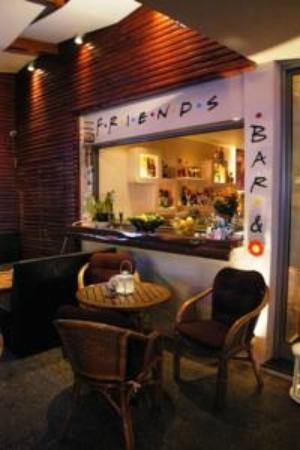 SVEA Hotel: Τhe Friends Bar