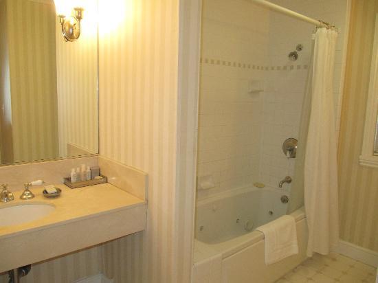 The Gables Inn Sausalito: Bathroom