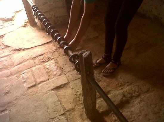 Museo Arqueologico Paracas: Cuarto de castigo para esclavos - Hacienda San Jose, Chincha