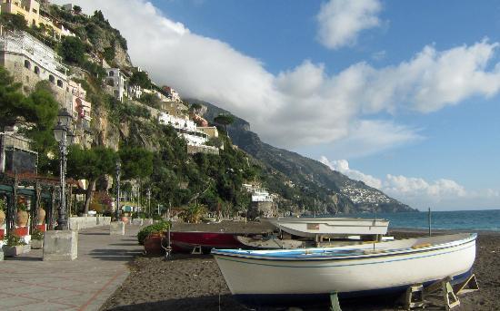 Americo Car Service: Amalfi Coast